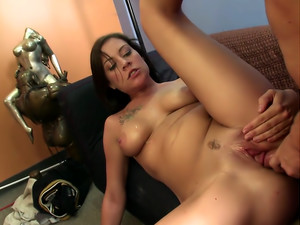 Vanessa Naughty Is A Girl Who Loves Creamy Facials