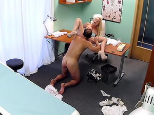 Blonde with nice tits gets a full examination