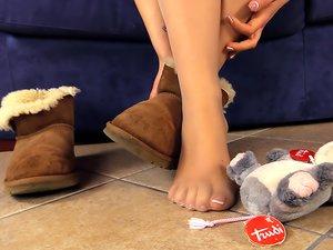 Ravishing Brunette Teen and her Feet