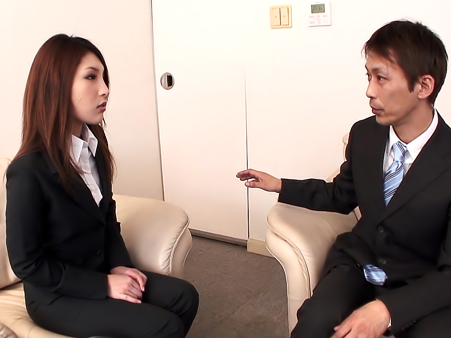 Rara Mizuki is sucking dick to get a job she wants