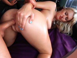 Wild honey with splendid body Natalia Starr loves cock.