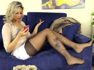 Slutty Blonde Bombshell Shows Off her Feet