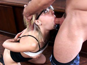 Zoey Monroe glasses sex with a stud