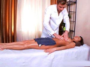 Big dick masseur fucks his horny young client