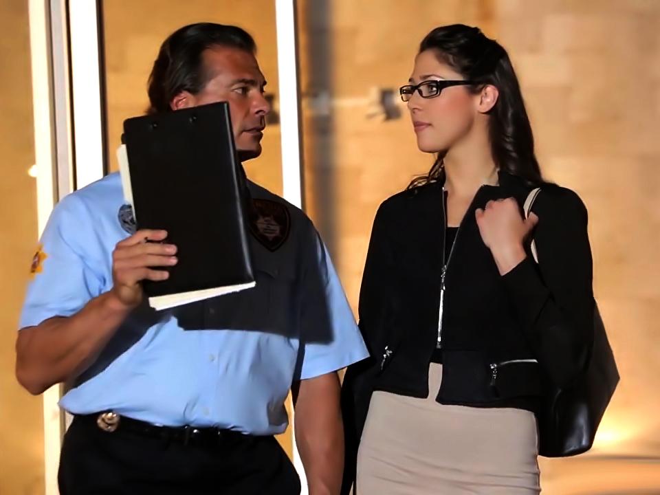 Sexy Anna Morna fucks a security guard