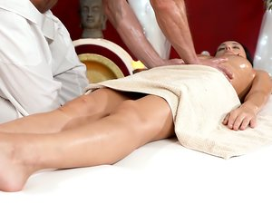 Massage Session Cums With Sex