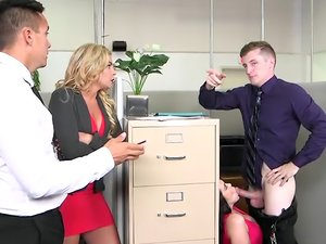 Busty brunette with pierced nipples Ryan Smiles nailed at the office.