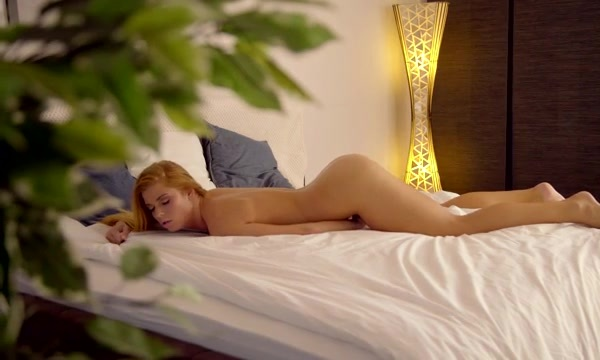 Nubile Films - Warmed Up