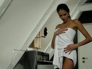 Nubile Films - Midnight Soak