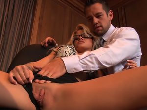 Jessa Rhodes In Secretary's Day 6